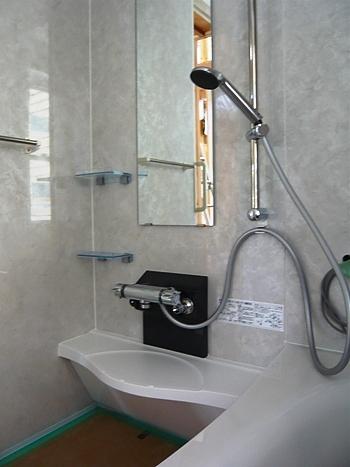 ユニットバスの洗面台