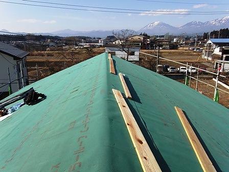 防水シート施工屋根全景