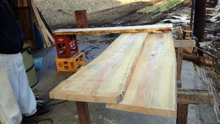 ヒノキ無垢板のカウンター