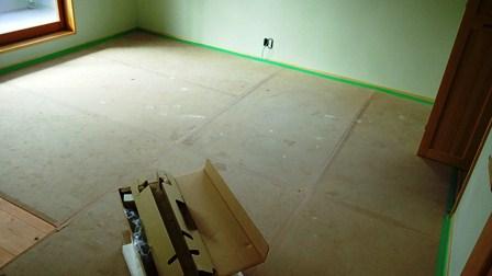 スギの無垢床板