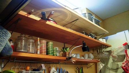 キッチンの棚板