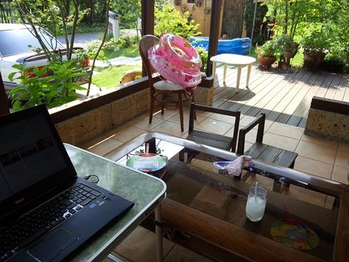 夏のテラス 屋外的書斎