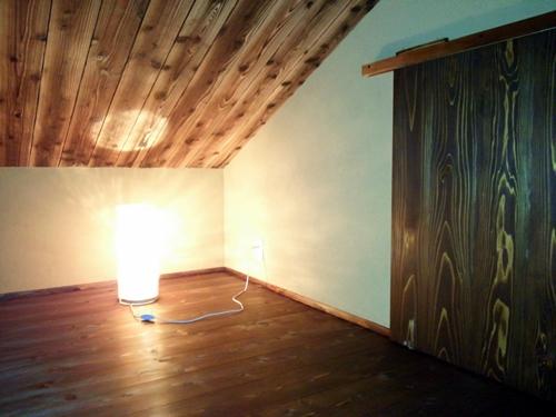 男の隠れ家 小屋裏部屋