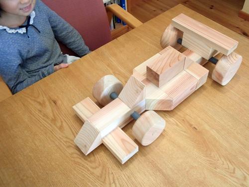 木造レーシングカー